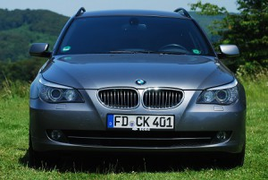 chkr_bmw_front